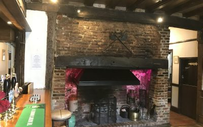 the pykkerell inn fire place